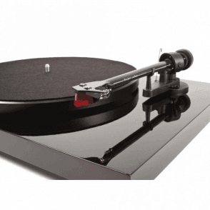 Debut Carbon Turntable/Tonearm/Cartridge Pack